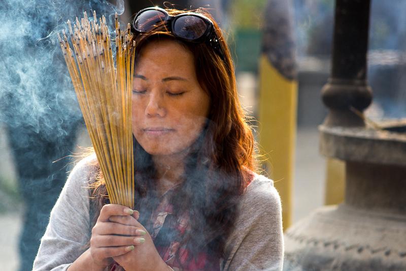sb.incense-2